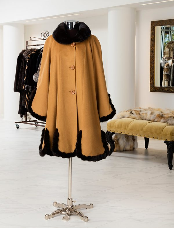 Cashmere Coat With Mink Trim